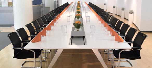 Konferenzraum Bestuhlung von AVB Büroeinrichtungen